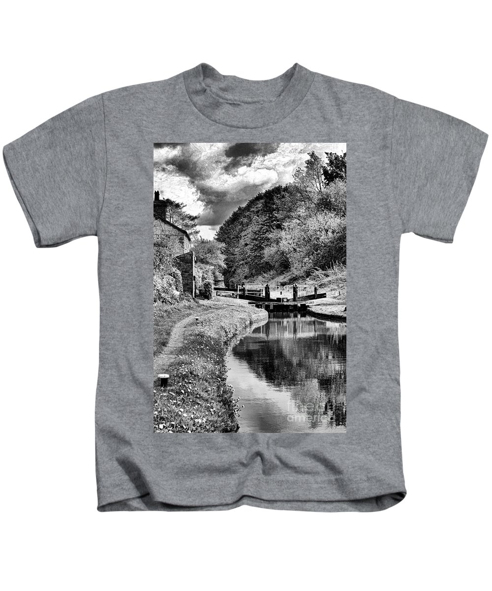 Canal Kids T-Shirt featuring the photograph lock Number 13 BW by Brian Raggatt