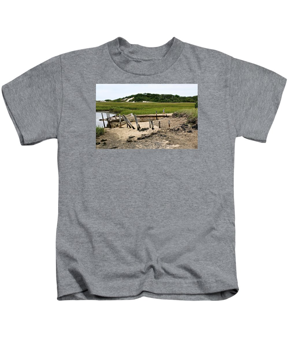 Provincetown Kids T-Shirt featuring the photograph Moments In Time by Ira Shander