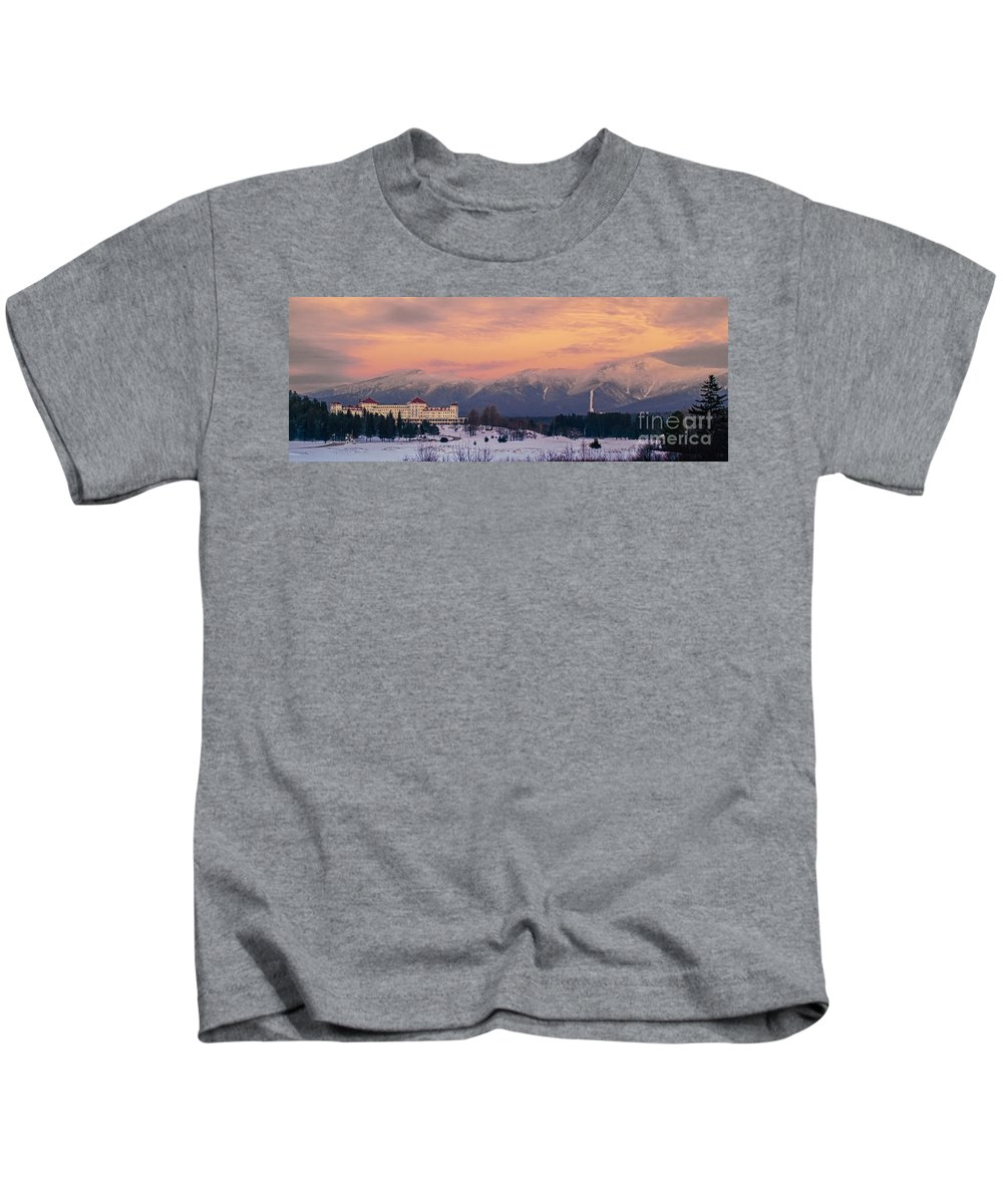 Mt Washington Kids T-Shirt featuring the photograph New Hampshires Washingtons by Scott Thorp