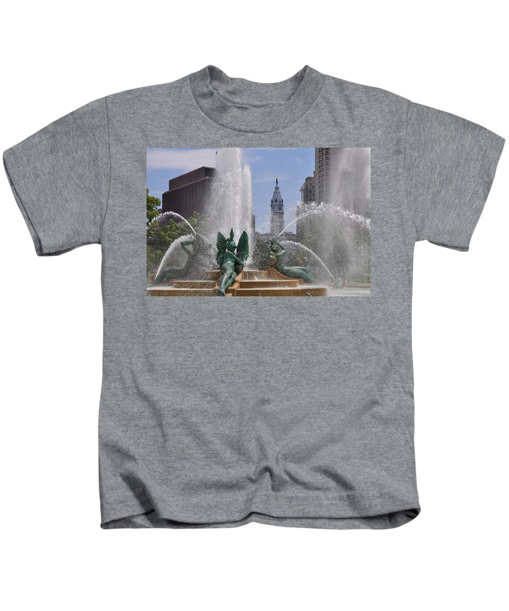 Philly Fountain Kids T-Shirt featuring the photograph Philly Fountain by Bill Cannon