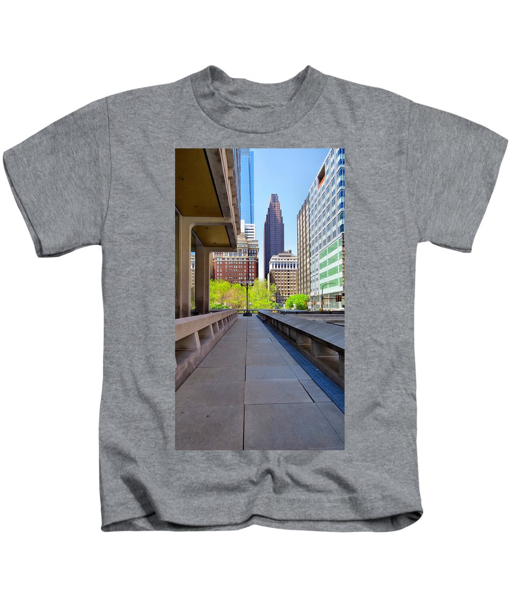 Span Kids T-Shirt featuring the photograph Philly by Art Dingo