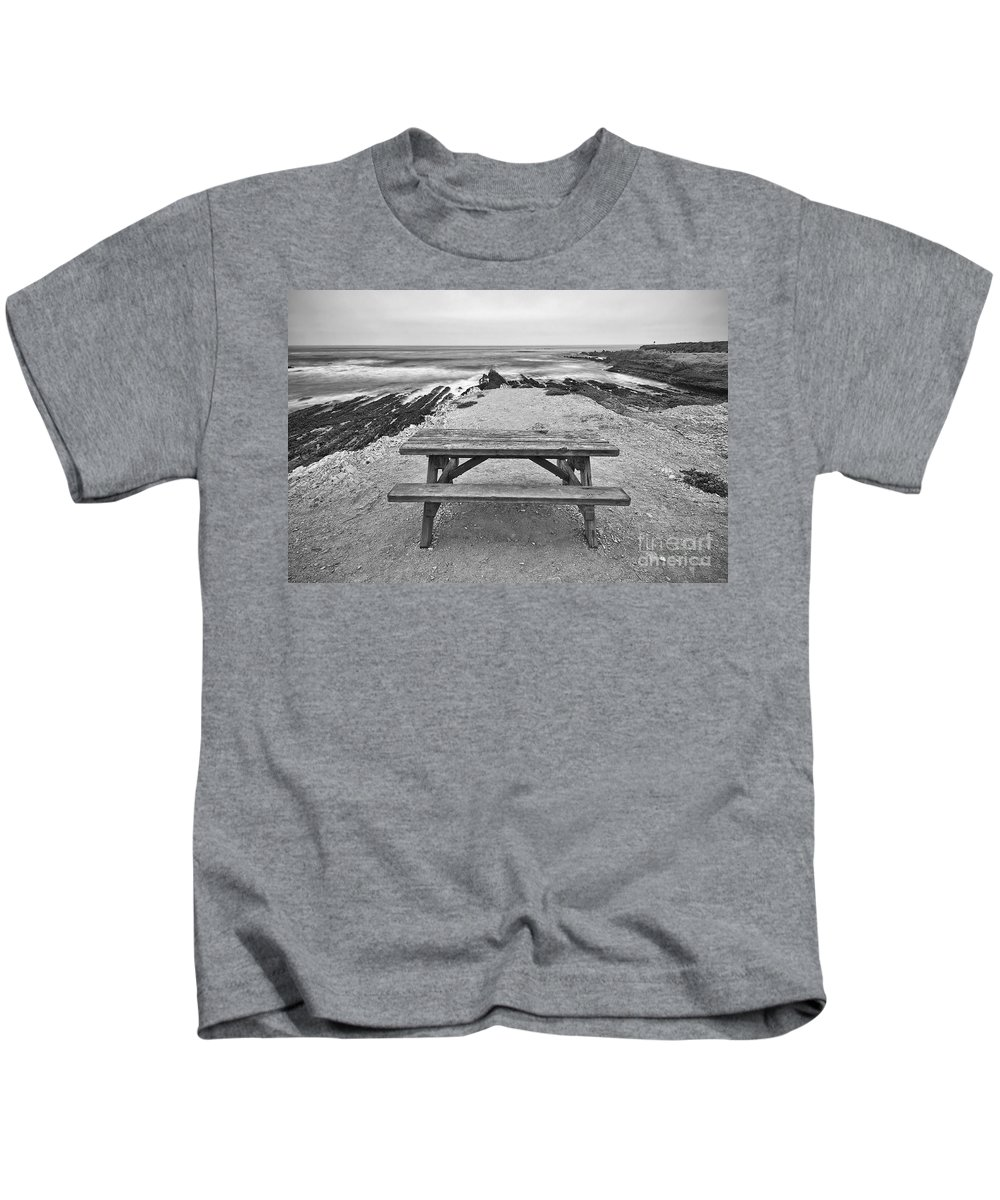 Montana De Oro Kids T-Shirt featuring the photograph Picnic - Lone Table Overlooking The Ocean In Montana De Oro State Park In Caliornia by Jamie Pham