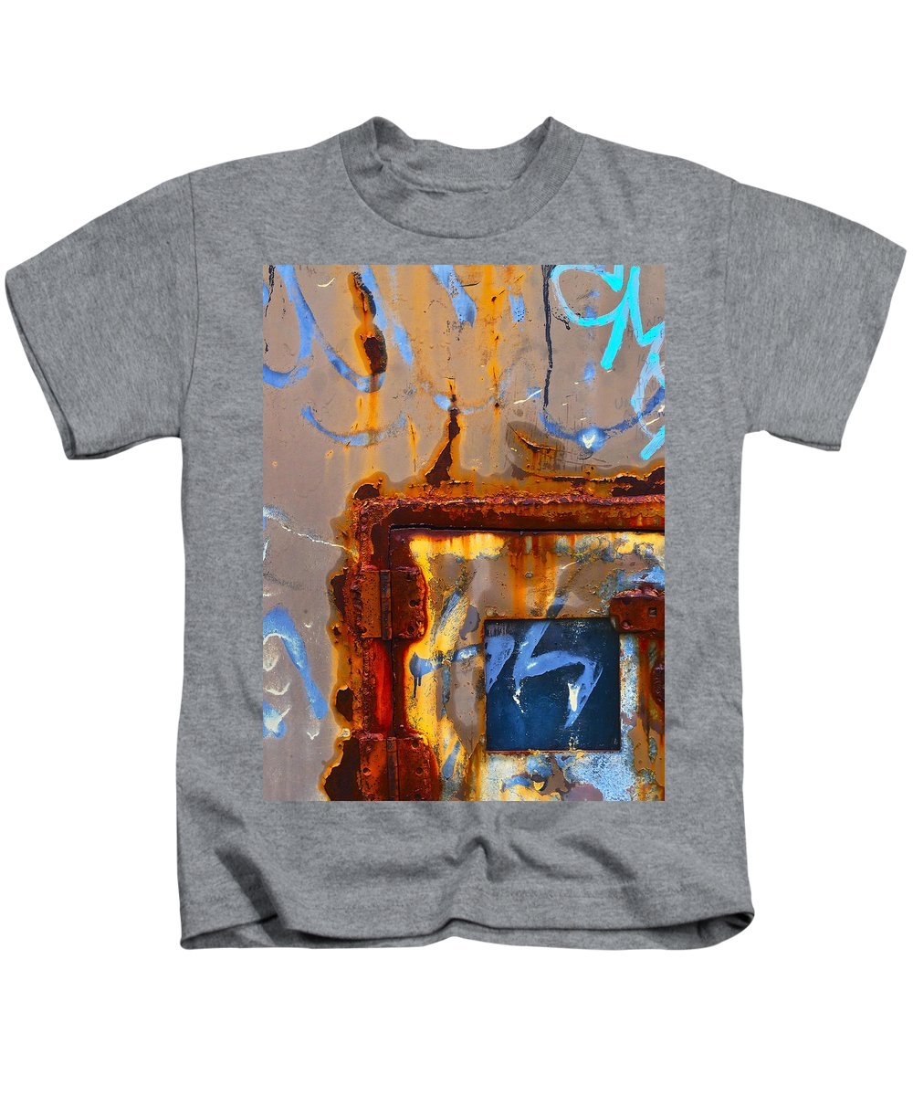 Plasma Kids T-Shirt featuring the photograph Plasma by Skip Hunt