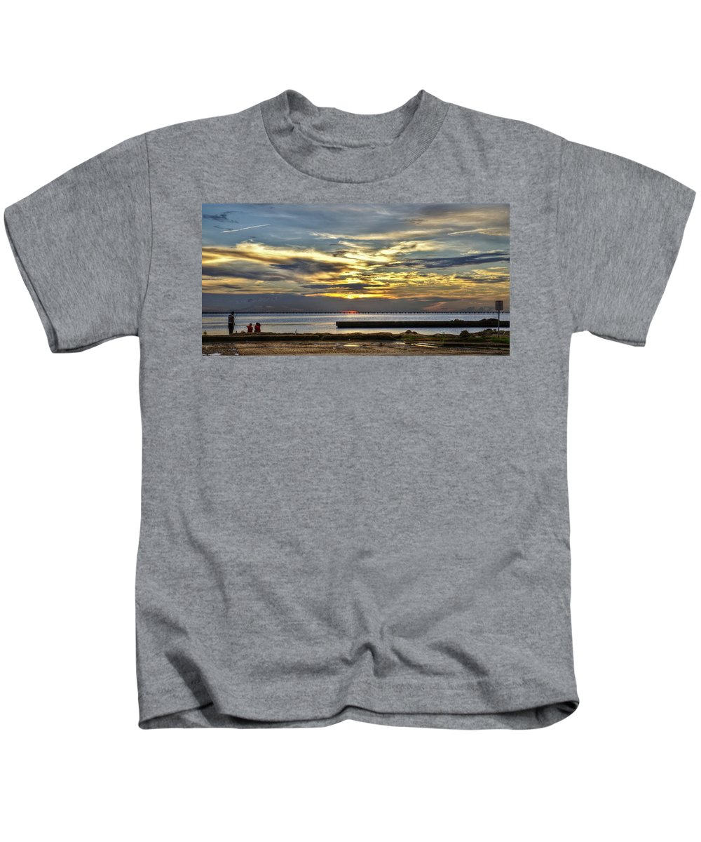 New Orleans Kids T-Shirt featuring the photograph Pontchartrain Sunset by William Morgan