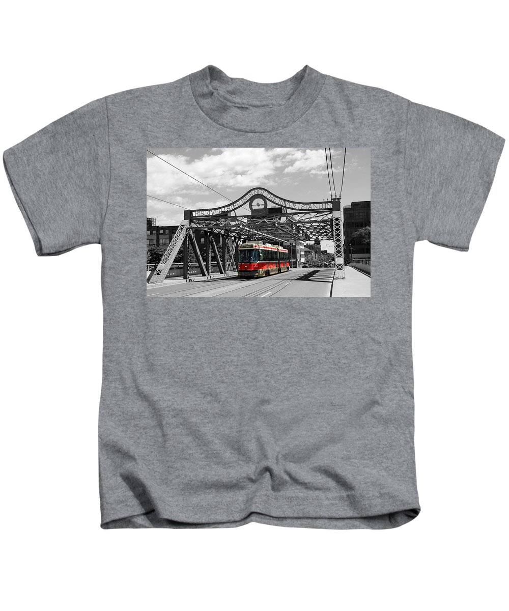 Ttc Kids T-Shirt featuring the photograph Red Rocket 5b by Andrew Fare