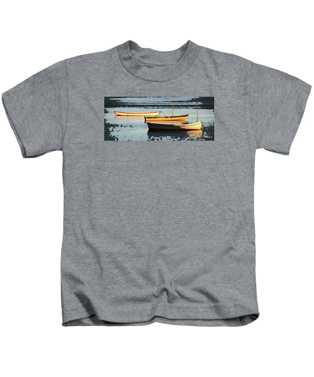 Boats Kids T-Shirt featuring the photograph Reflexos by Cesar Moraes