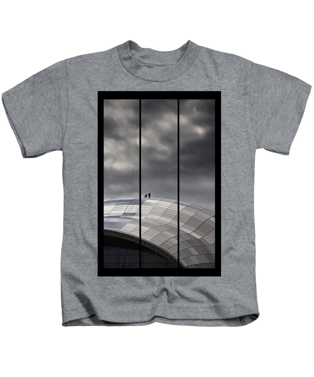 Sage Kids T-Shirt featuring the photograph Roof Of The Sage by David Pringle
