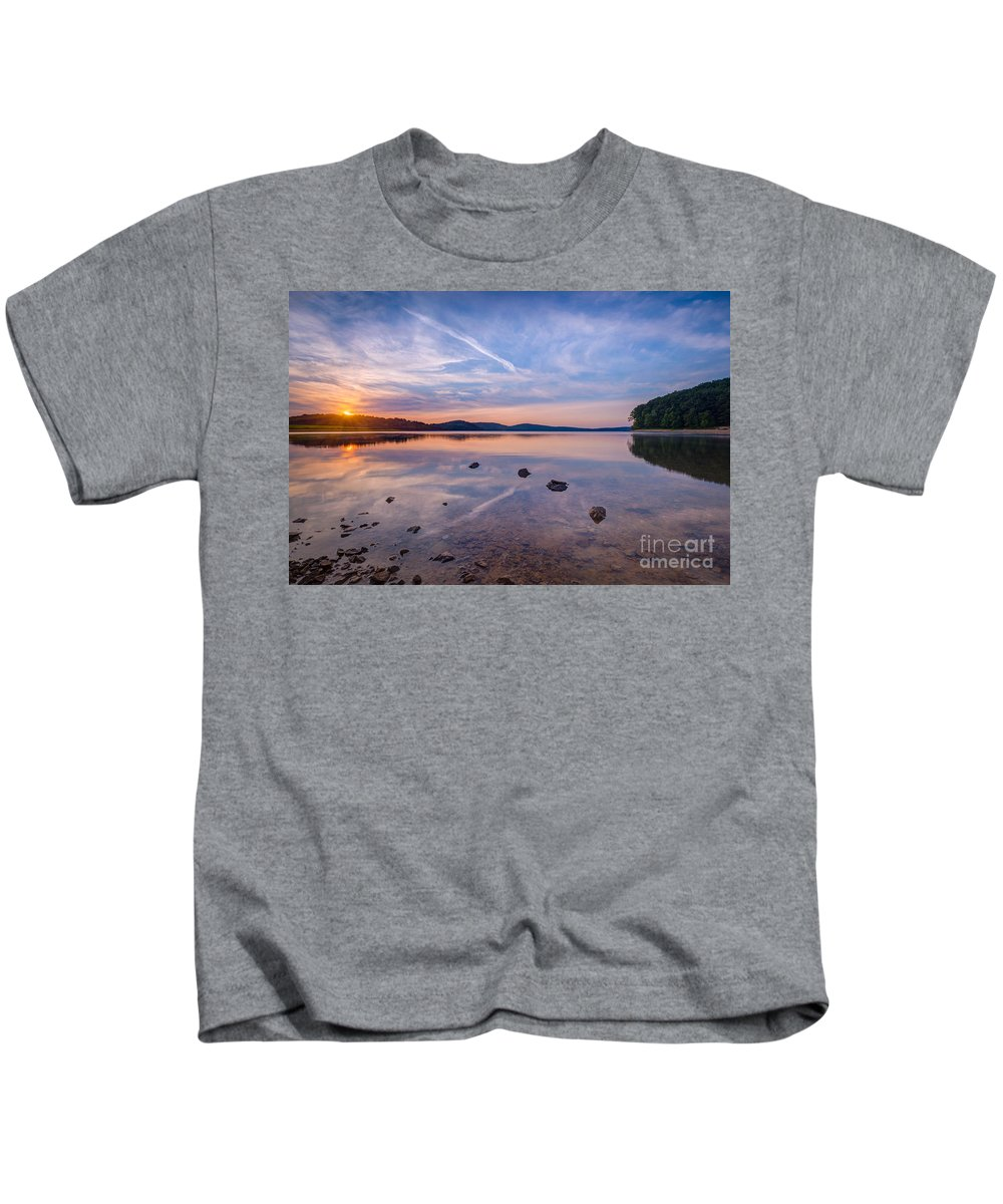 Milky Way Mike Kids T-Shirt featuring the photograph Round Valley Sunburst by Michael Ver Sprill