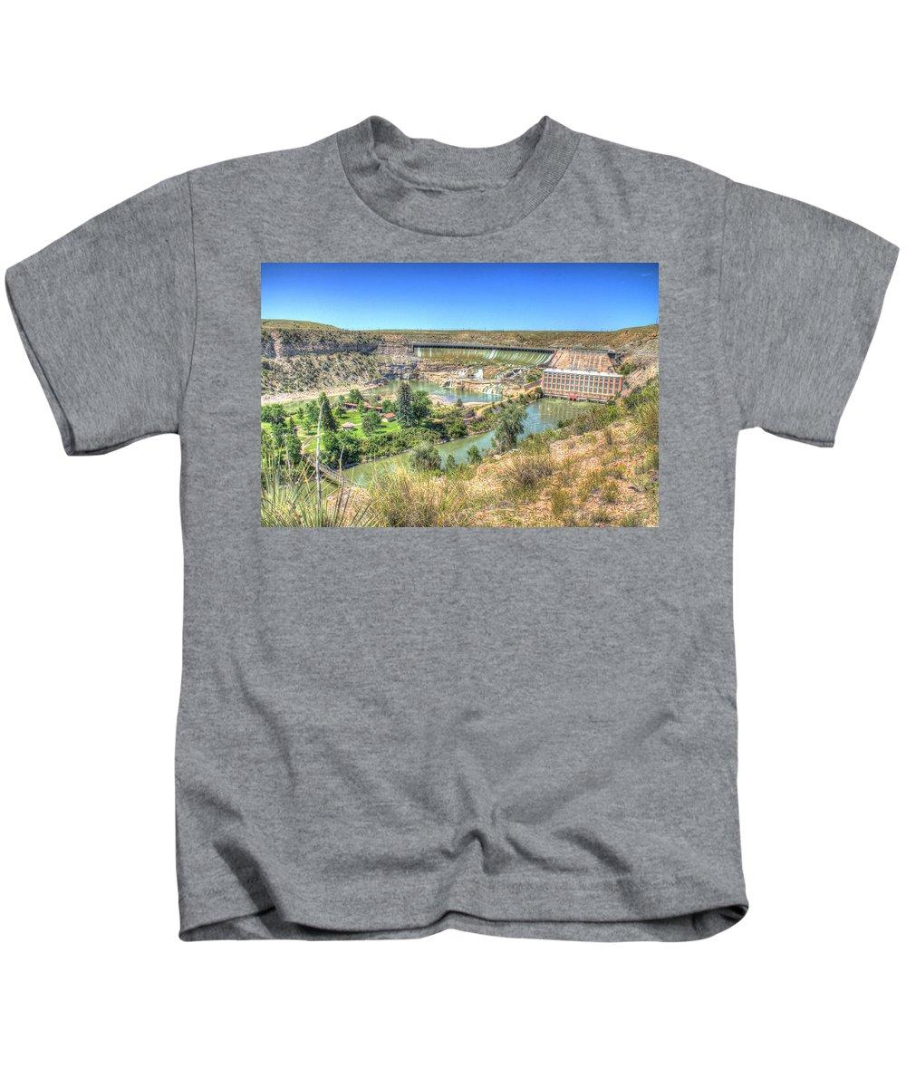 Dam Kids T-Shirt featuring the photograph Ryan Dam State Park by John Lee