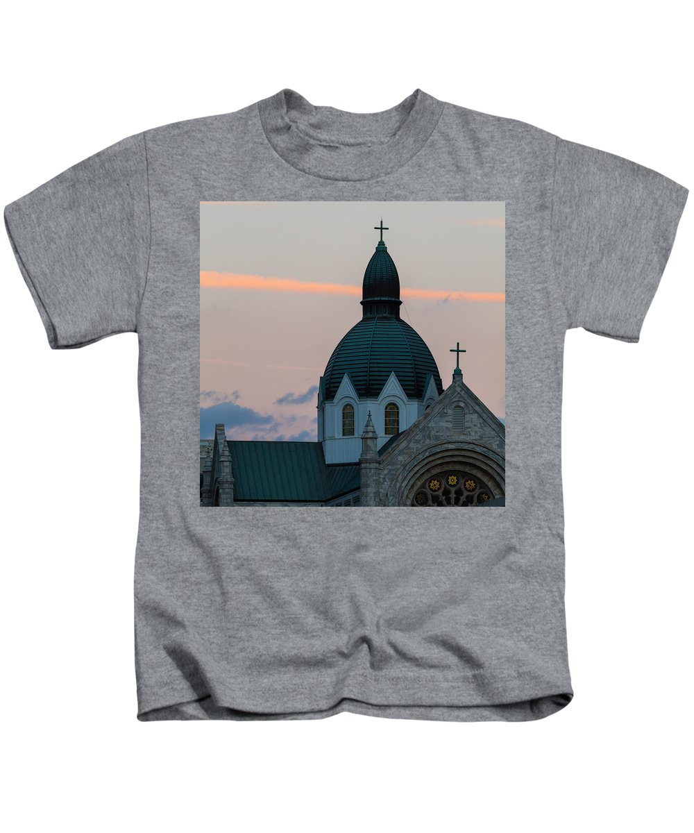 Architectural Features Kids T-Shirt featuring the photograph Sacred Heart At Sundown by Ed Gleichman
