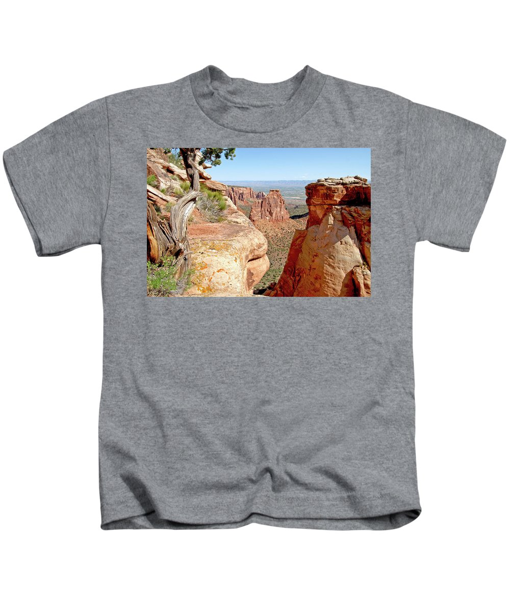 Colorado Kids T-Shirt featuring the photograph Sandstone Smile by Jeremy Rhoades