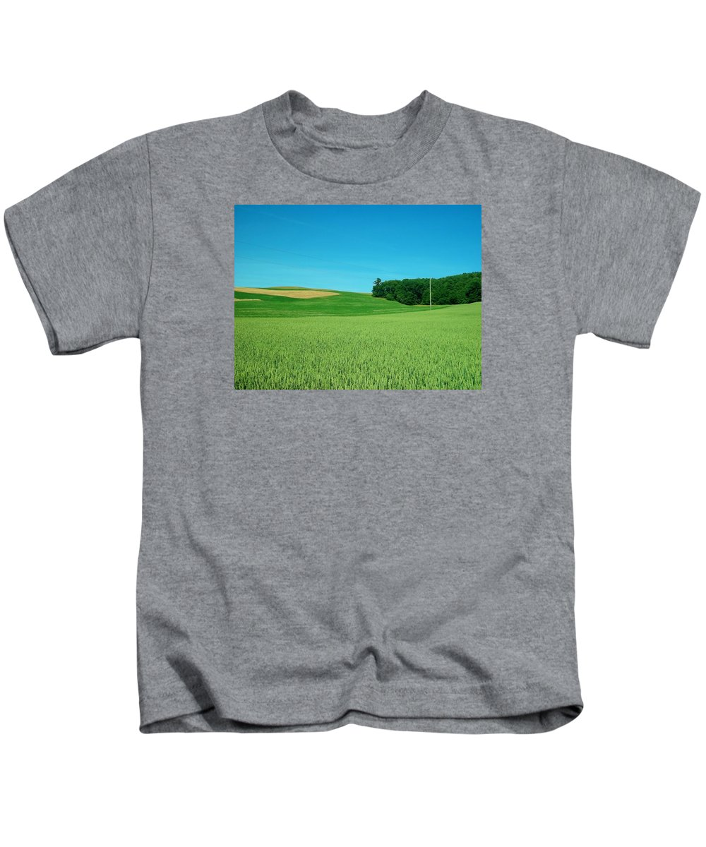 Landscape Kids T-Shirt featuring the photograph Scene In Sugarcreek Ohio by Tim White