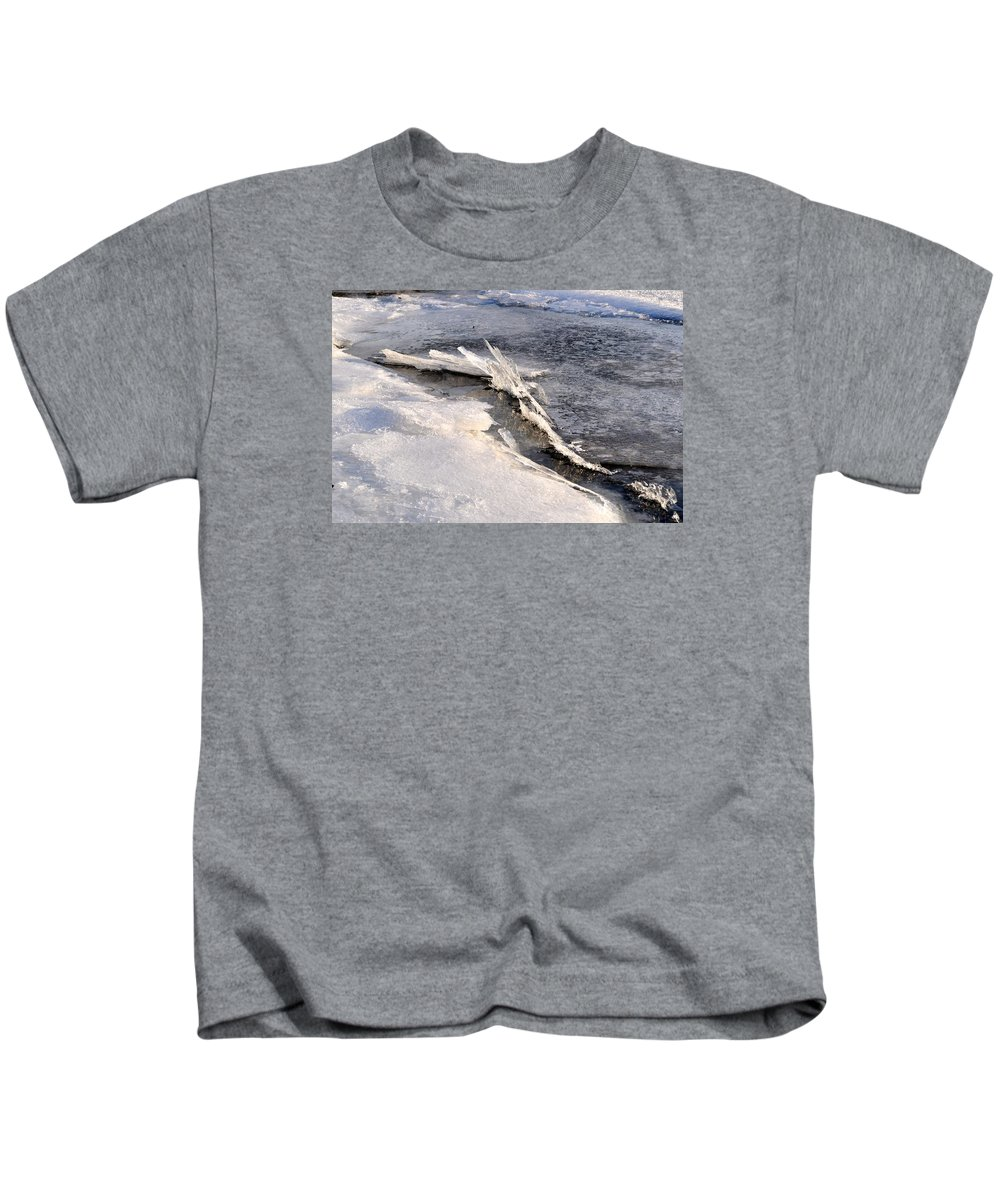 Snow Scene Kids T-Shirt featuring the photograph Sculpture Of Nature by Csilla Florida