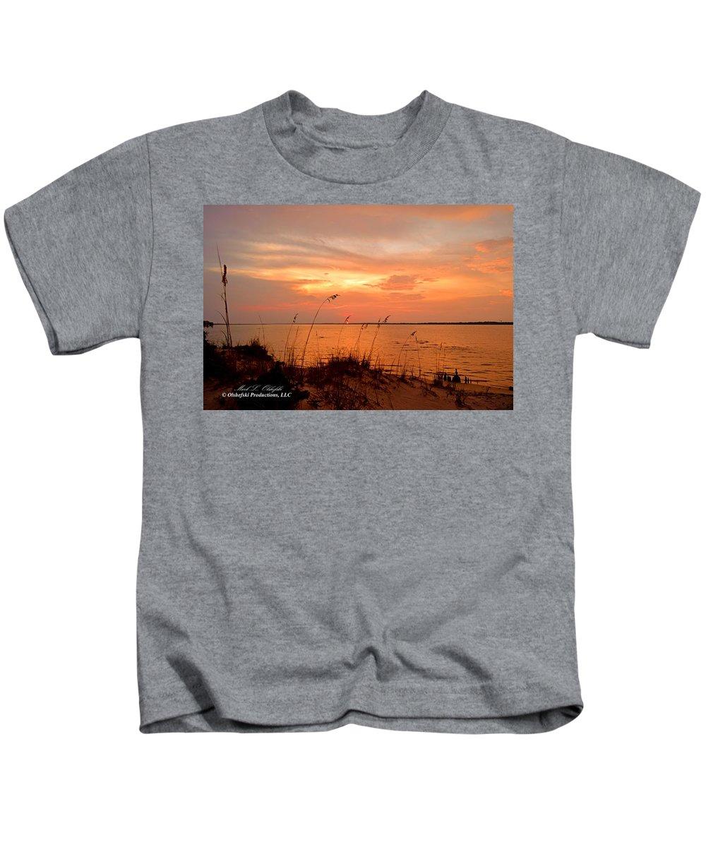 Sunset Kids T-Shirt featuring the photograph Sea Oats Sunset by Mark Olshefski
