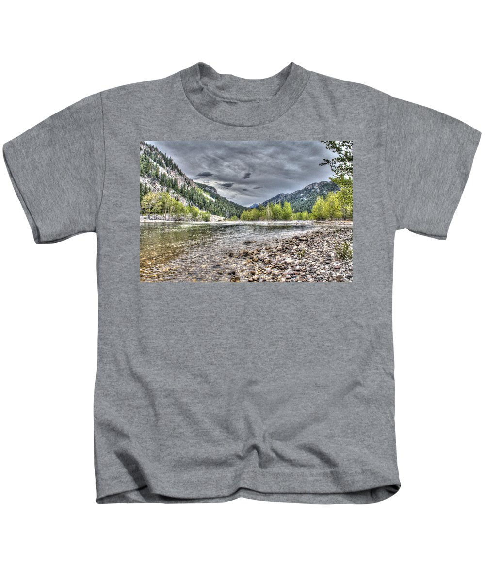Landscape Kids T-Shirt featuring the photograph Serenity Of The Sun by John Lee