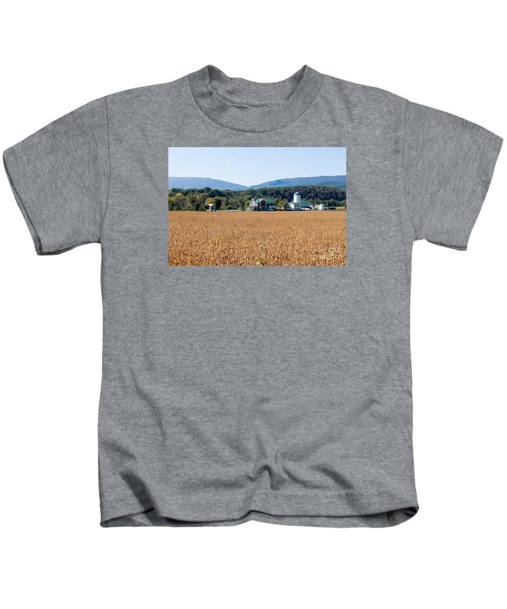 Virginia Kids T-Shirt featuring the photograph Shenandoah Valley Farmstead by Thomas Marchessault