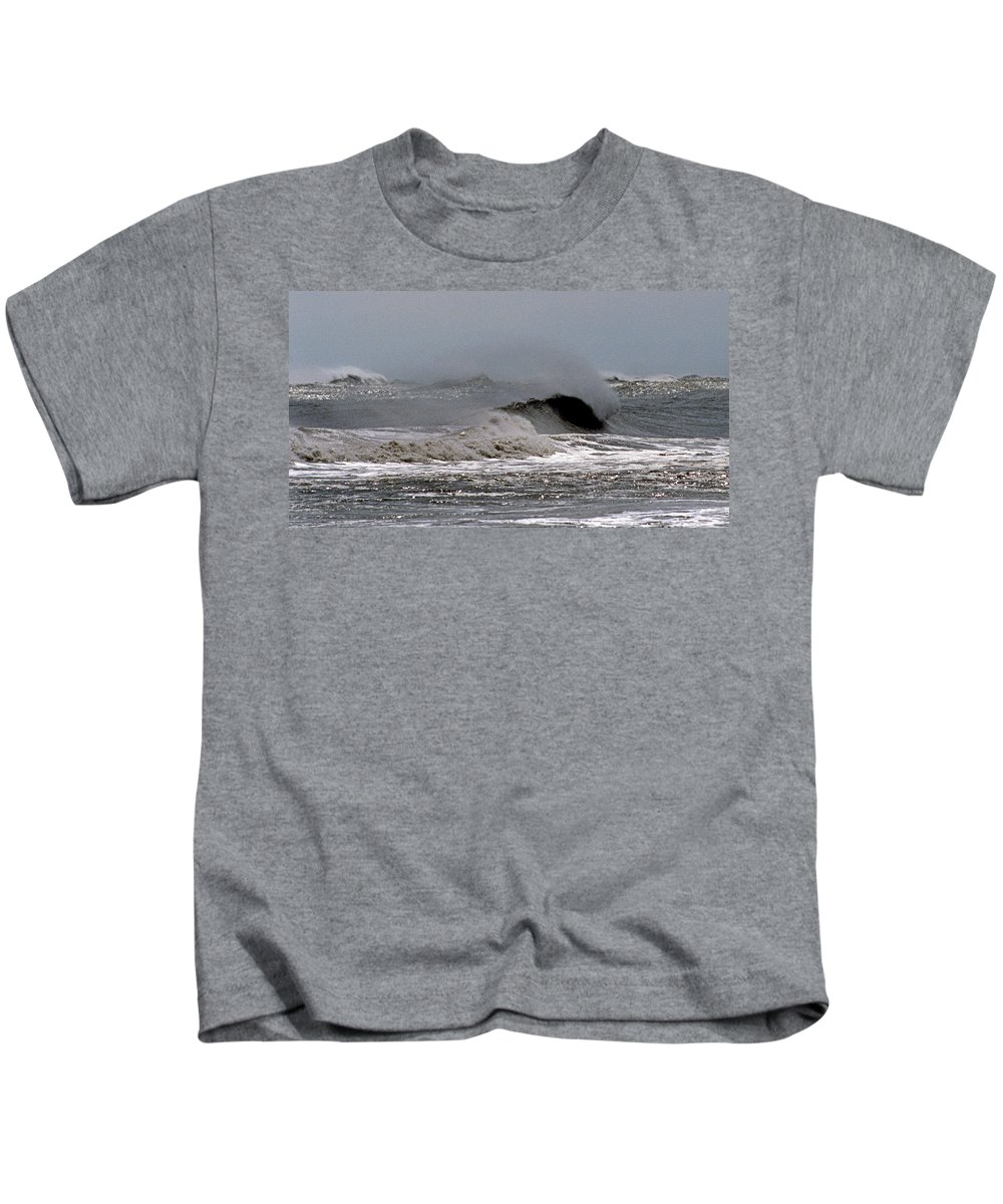 Nature Kids T-Shirt featuring the photograph Shore Breeze by Skip Willits