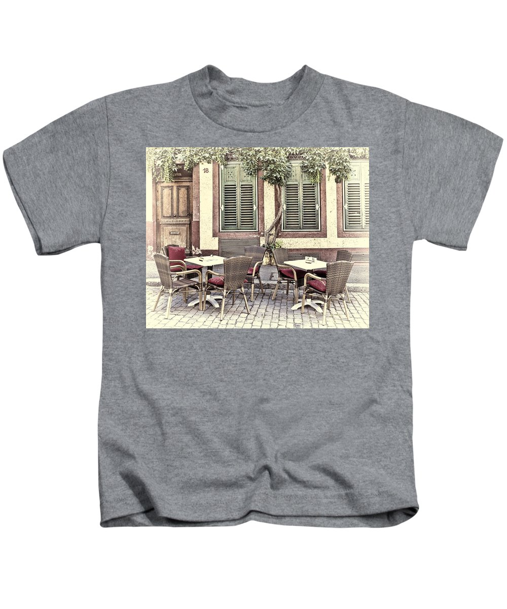 Architecture Kids T-Shirt featuring the photograph Street Cafe In Heidelberg by Marcia Colelli