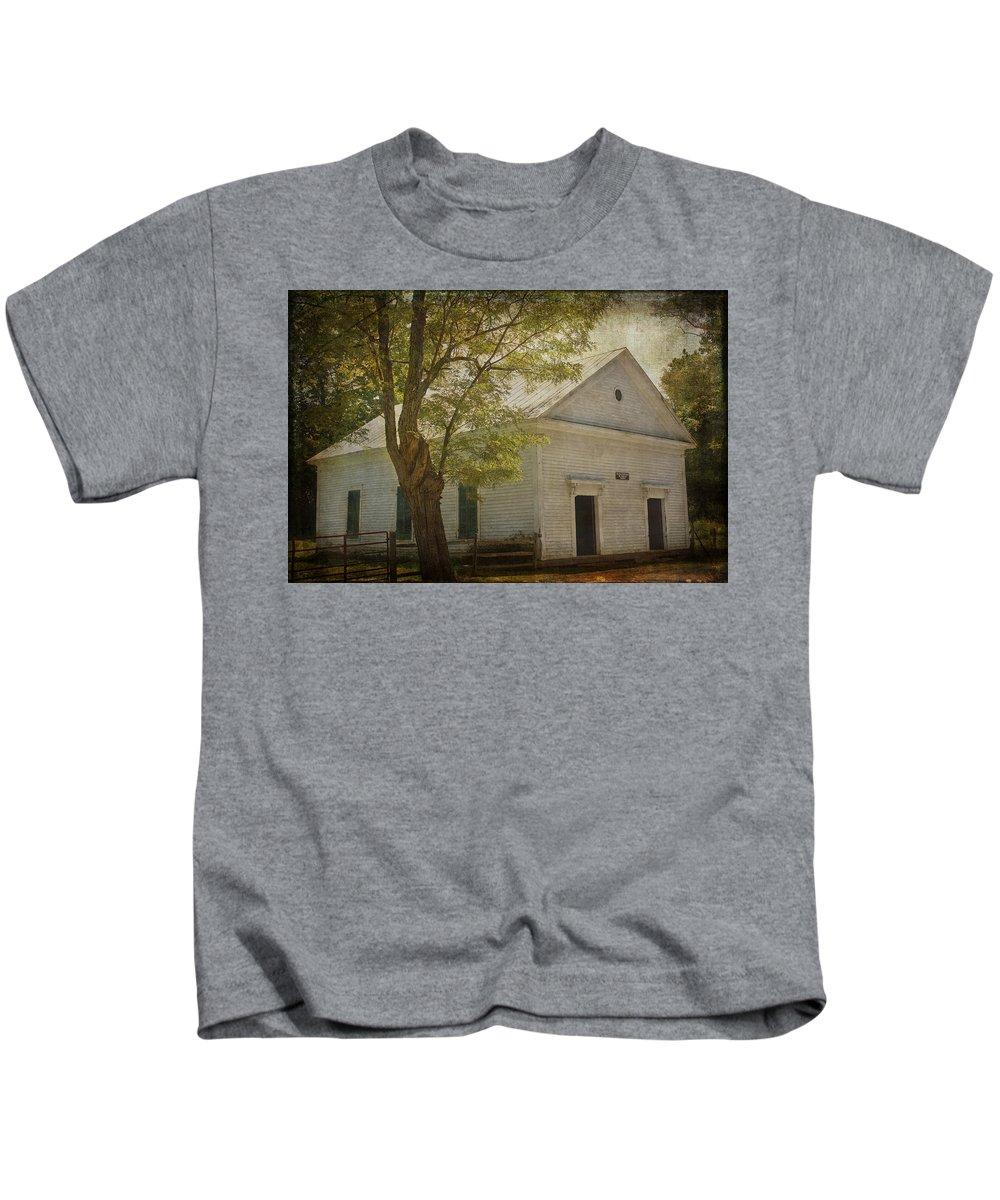 Sulphur Springs Methodist Church Kids T-Shirt featuring the photograph Sulphur Springs Methodist Church by Mel Hensley