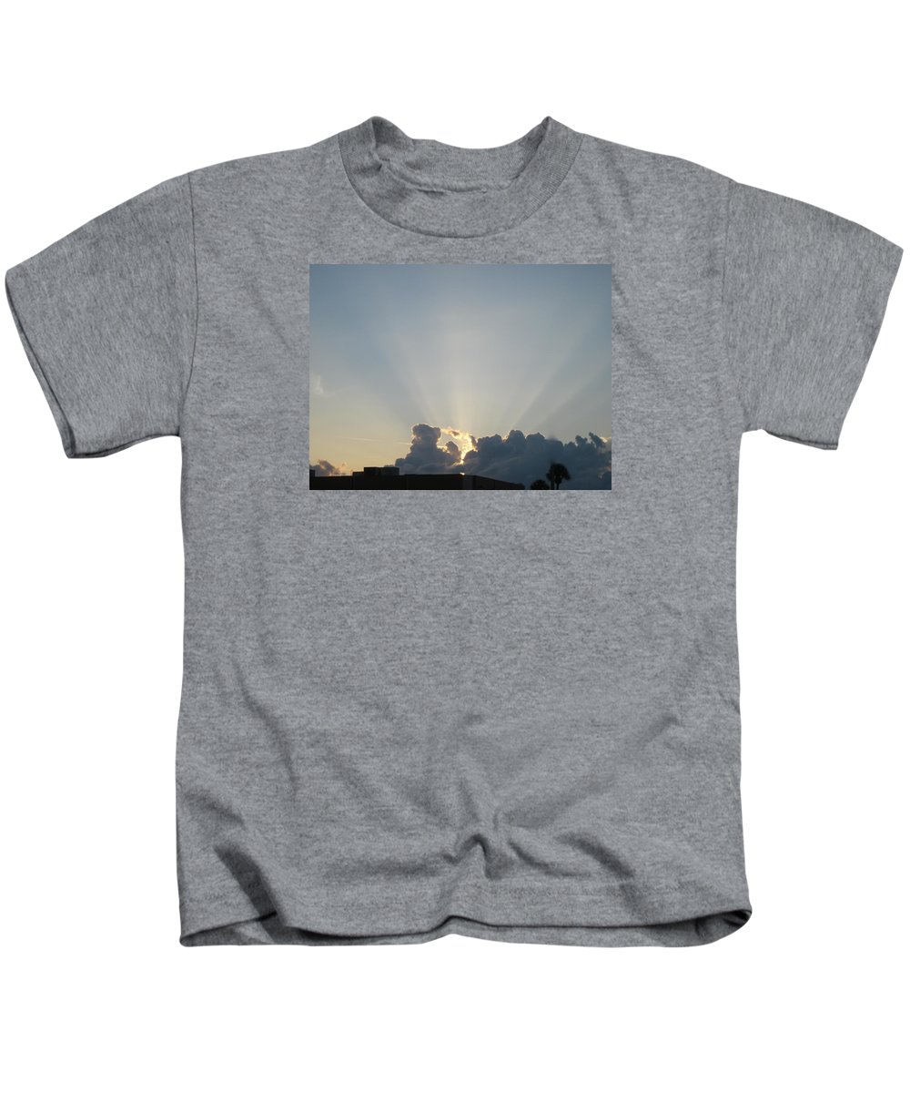 Sunrise Kids T-Shirt featuring the photograph Sunrise With Sunbeams by Janet K Wilcox