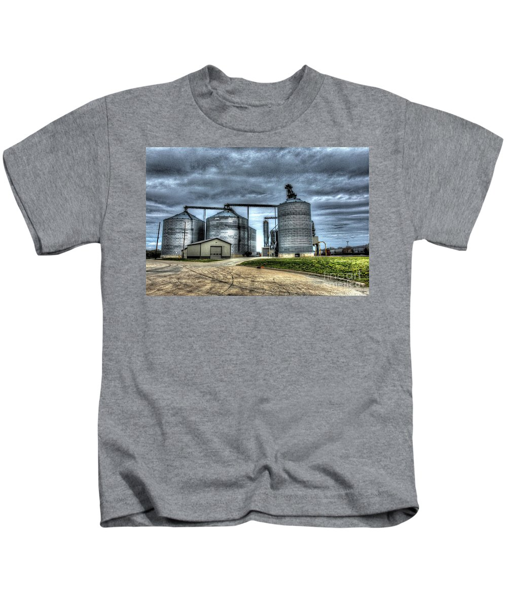 Art Kids T-Shirt featuring the photograph Surreal Grain by Alan Look