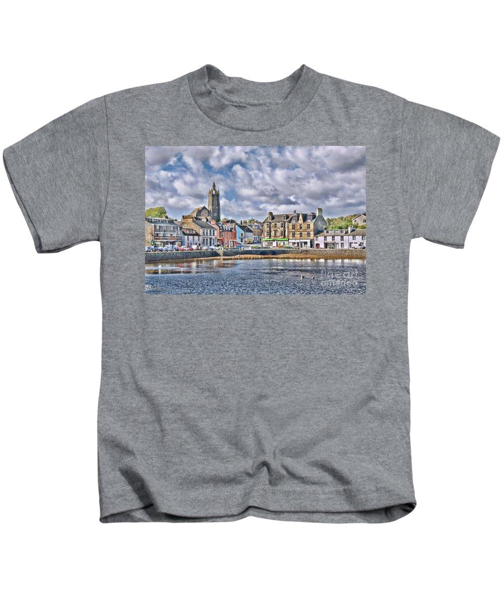 Tarbert Kids T-Shirt featuring the photograph Tarbert - Loch Fyne by Chris Thaxter