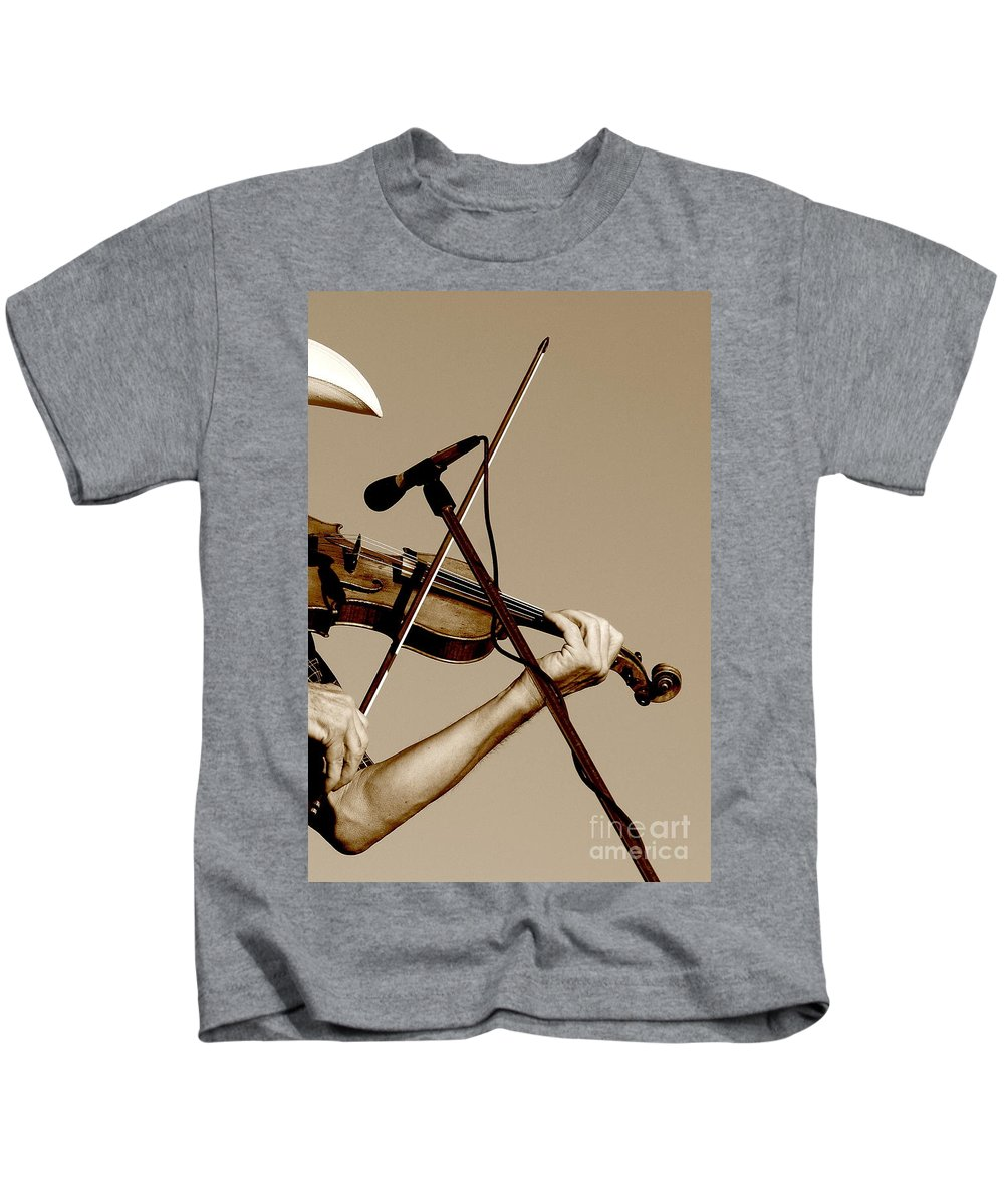 Music Kids T-Shirt featuring the photograph The Fiddler by Robert Frederick