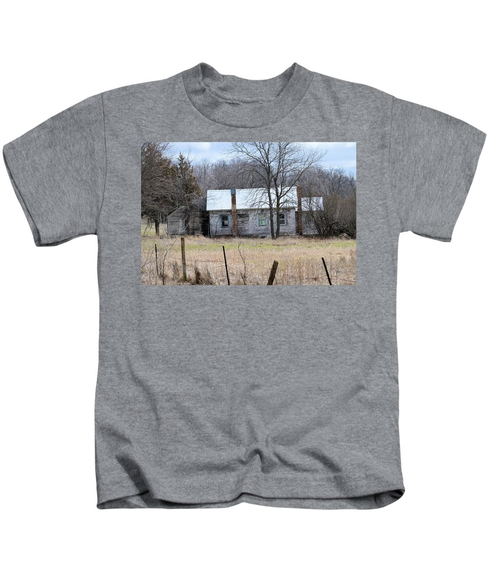 House Kids T-Shirt featuring the photograph This Old House by Bonfire Photography