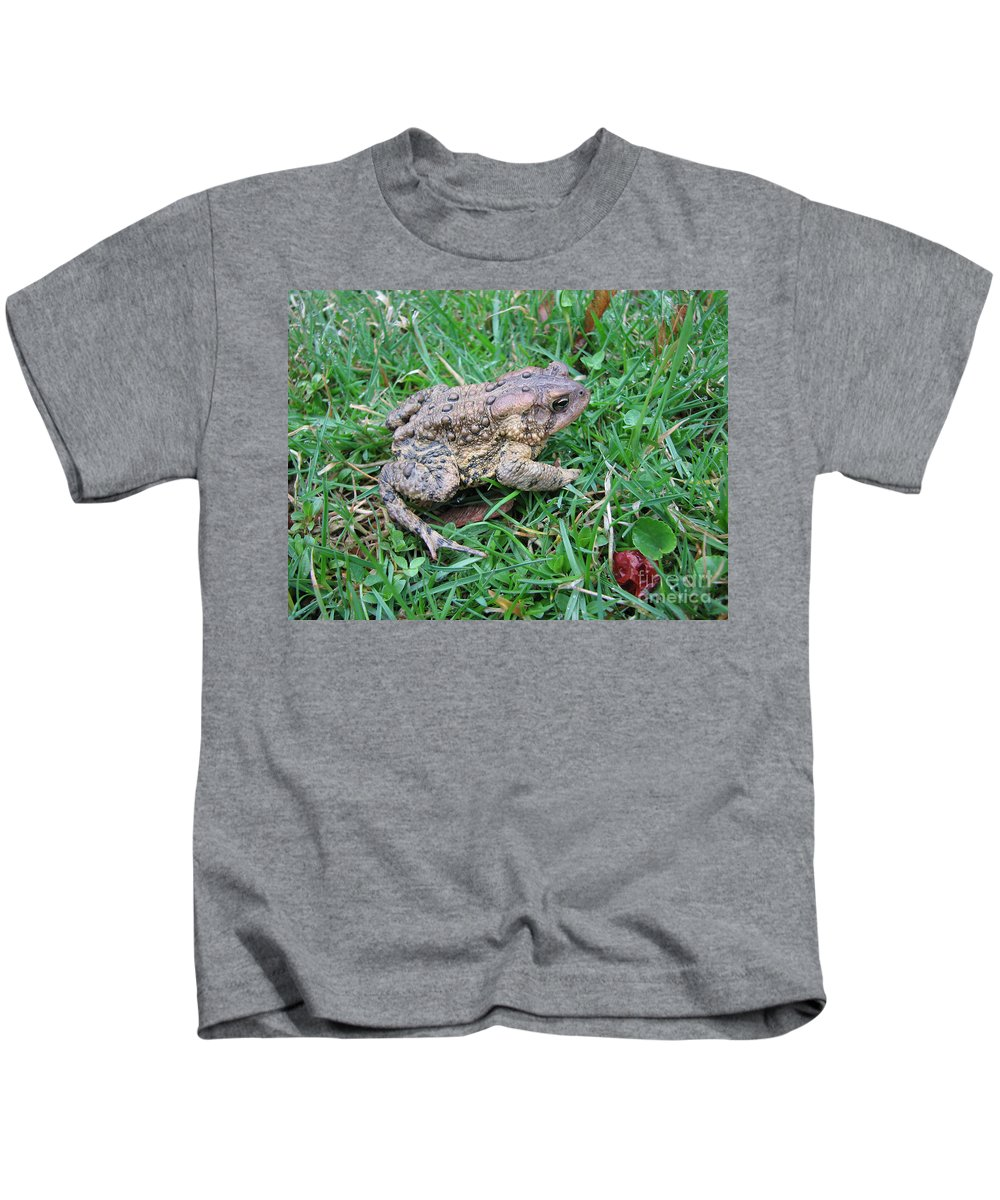 Toad Kids T-Shirt featuring the photograph Toad by Stacey May