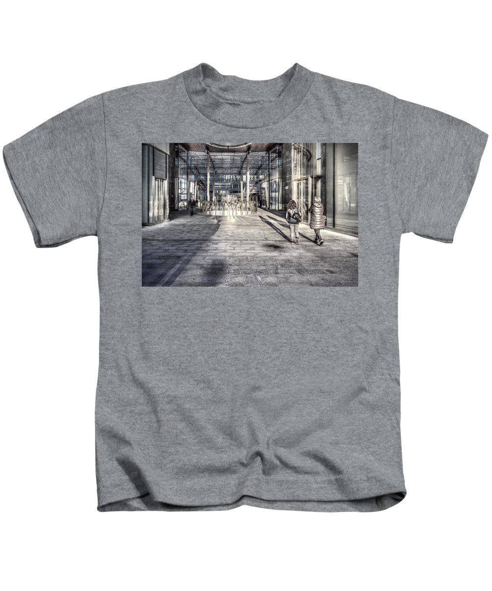Desaturated Kids T-Shirt featuring the photograph Urban #1 by Roberto Pagani