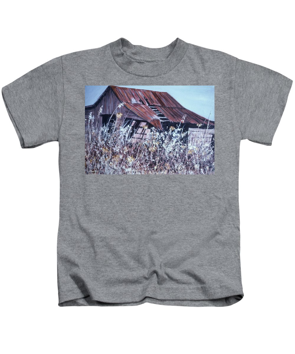 Rustic Kids T-Shirt featuring the painting Barn In Sunlight by Ben Kiger
