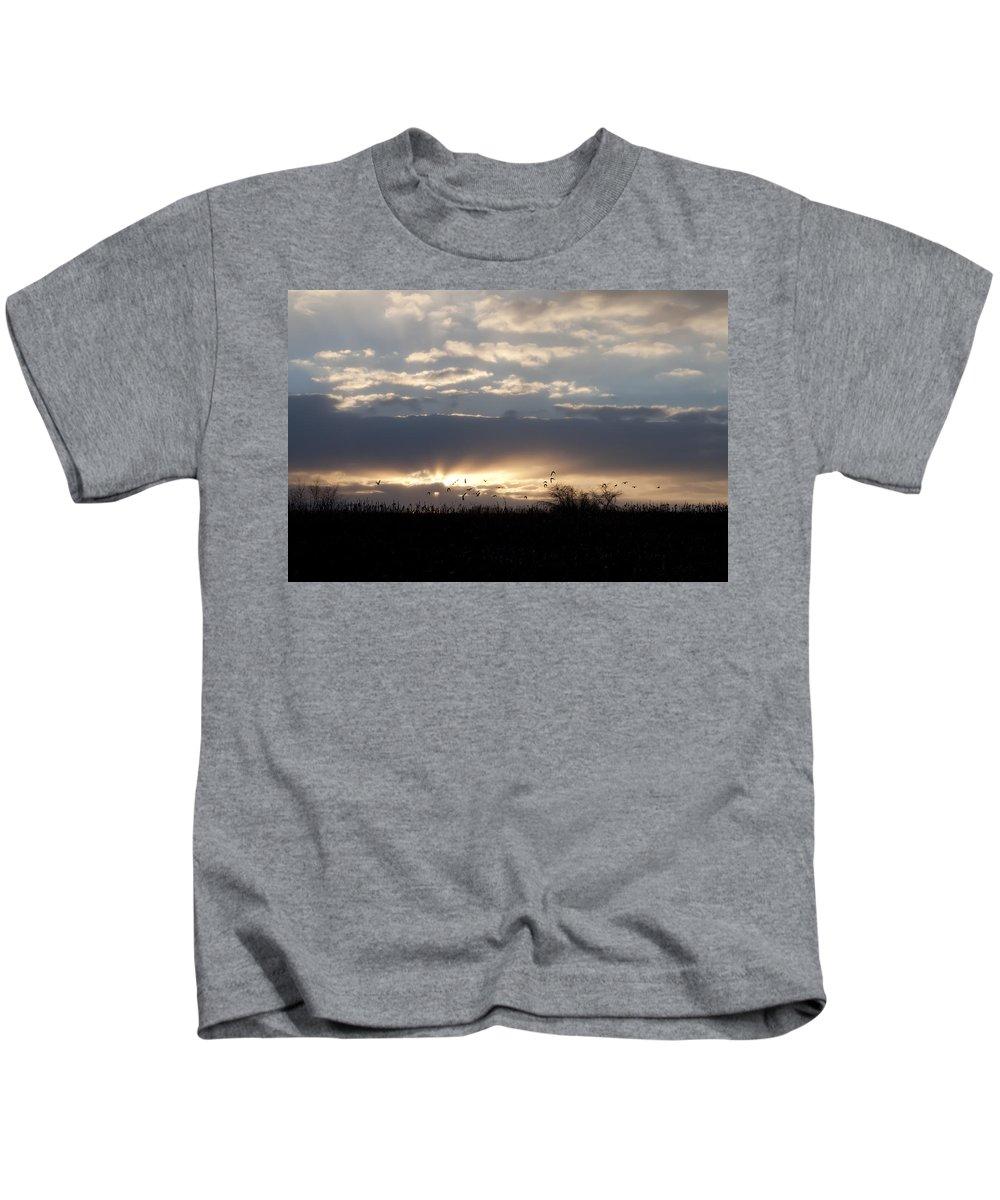 Gettysburg Kids T-Shirt featuring the photograph Gettysburg Dawn by Bill Cannon