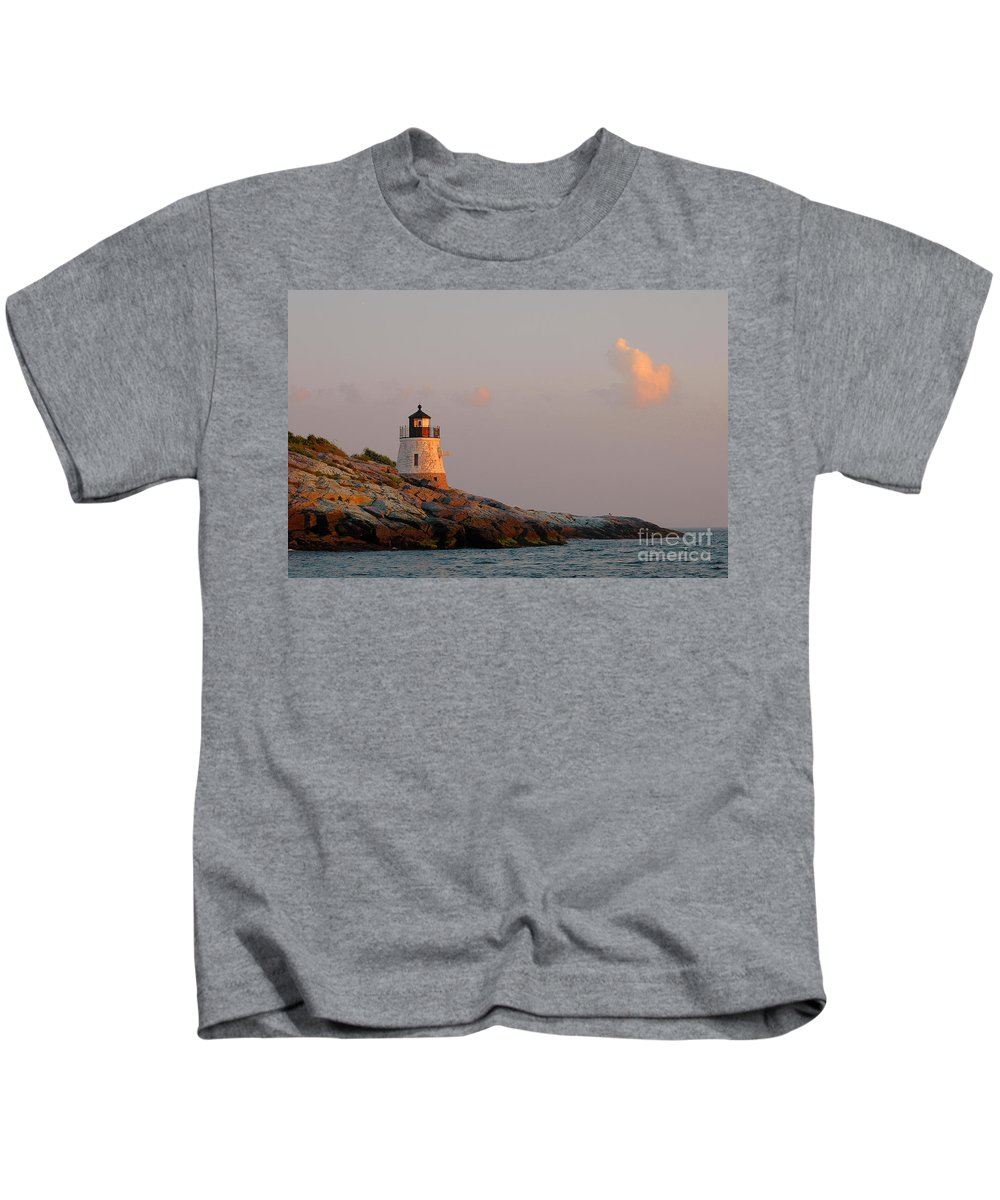 Newport Kids T-Shirt featuring the photograph Newport Lighthouse by Mike Nellums