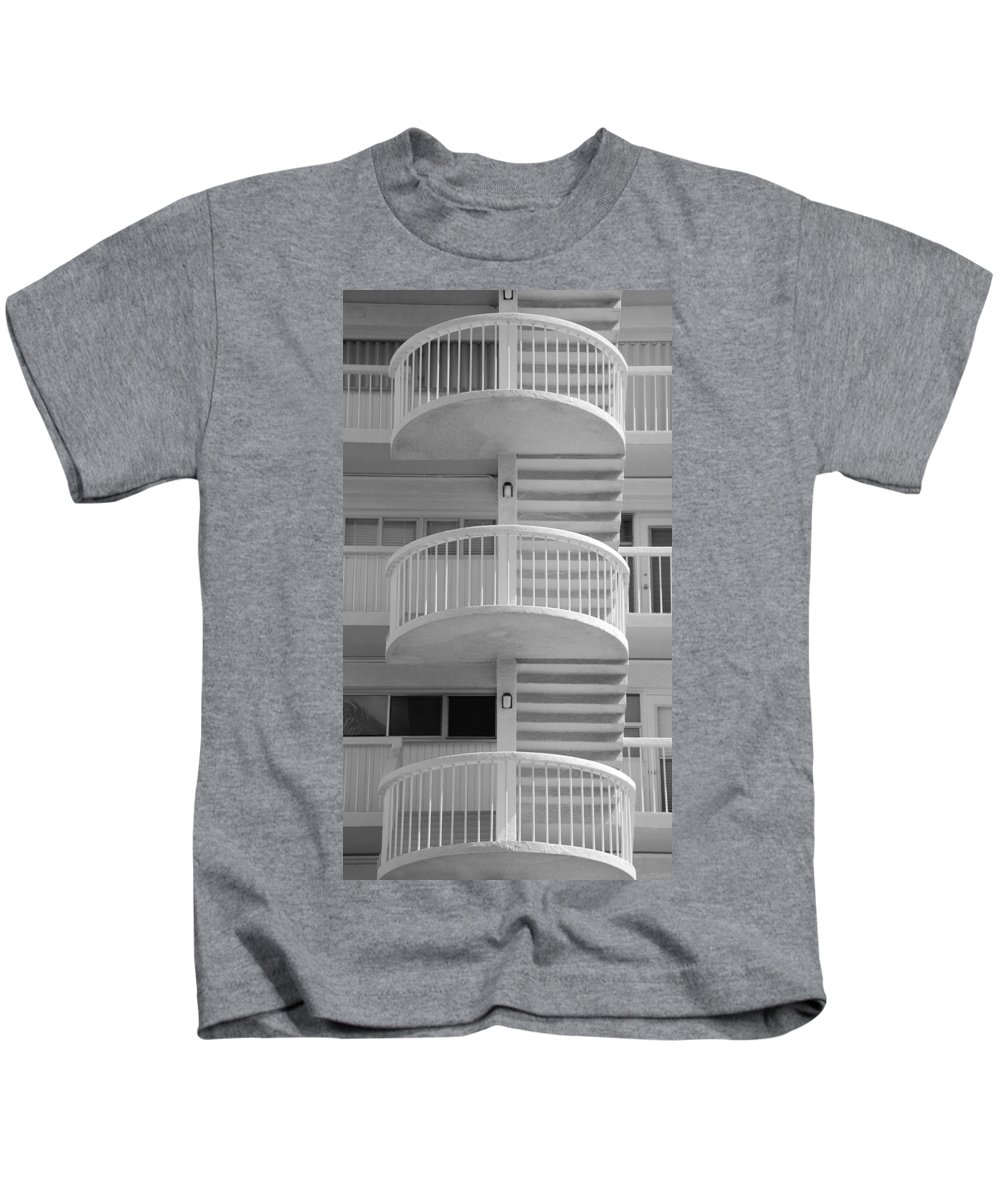 Architecture Kids T-Shirt featuring the photograph 3 Rails In Black And White by Rob Hans