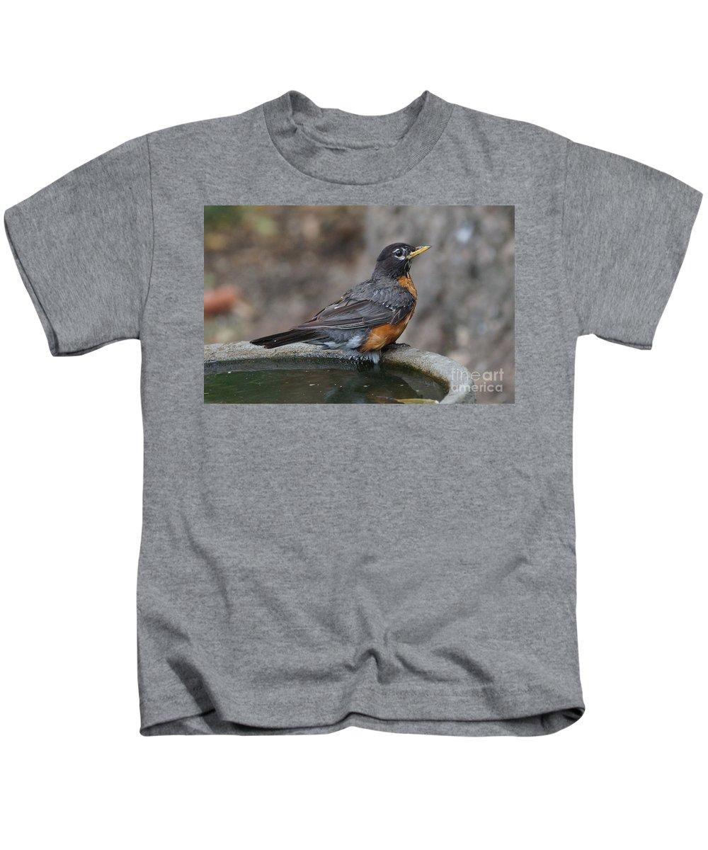 Robin Kids T-Shirt featuring the photograph Bath Time by Lori Tordsen