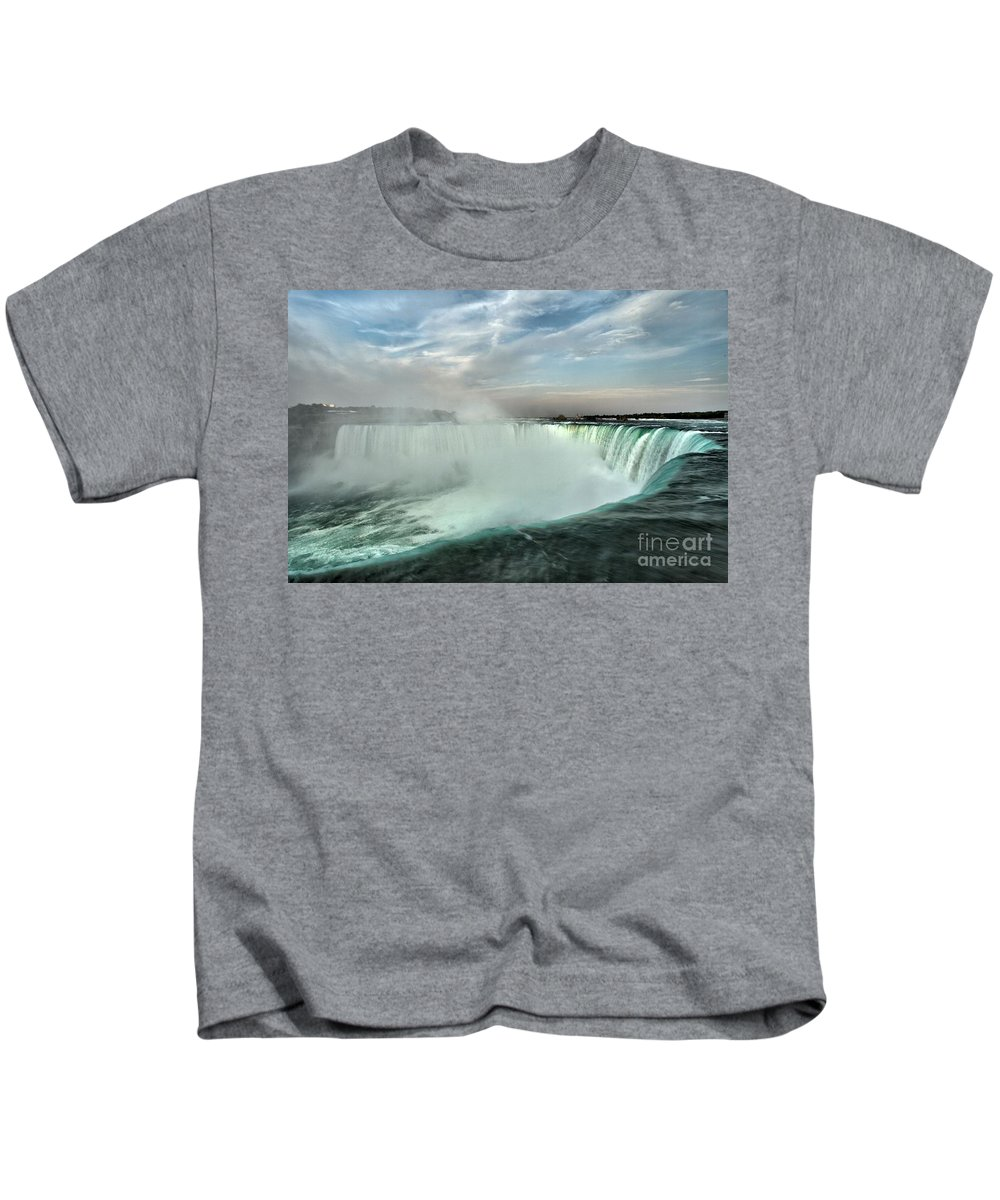 Niagara Falls State Park Kids T-Shirt featuring the photograph At The Edge Of Horseshoe by Adam Jewell