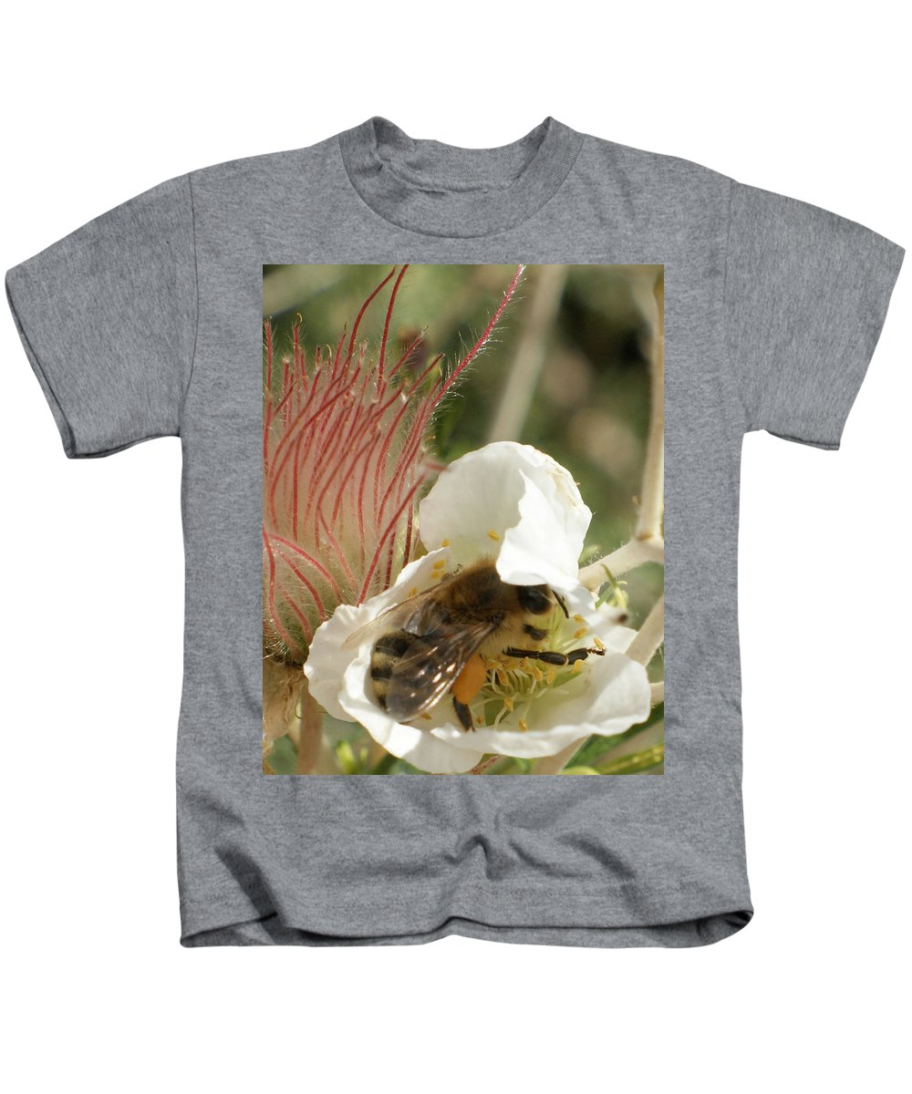 Bee Kids T-Shirt featuring the photograph Bee Break by Ernie Echols