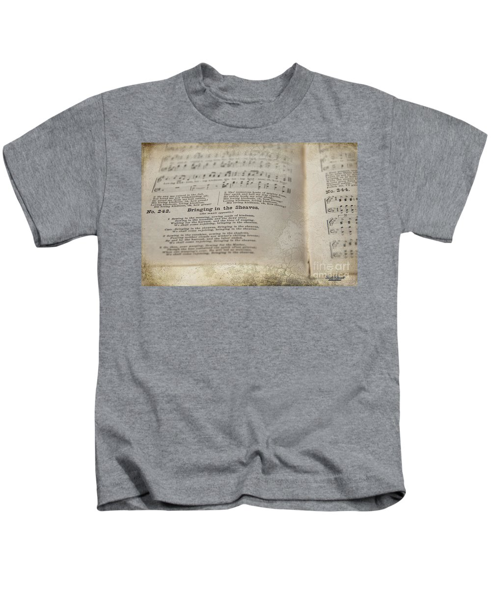 Hymn Kids T-Shirt featuring the photograph Bringing In The Sheaves by David Arment