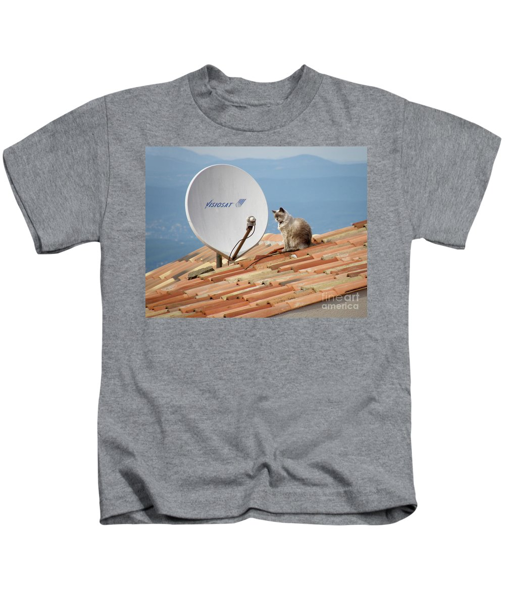 Cat Kids T-Shirt featuring the photograph Cat Sat by Lainie Wrightson