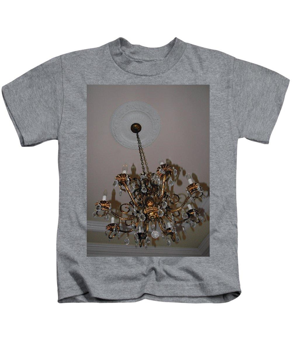 Usa Kids T-Shirt featuring the photograph Golden Chandelier by LeeAnn McLaneGoetz McLaneGoetzStudioLLCcom