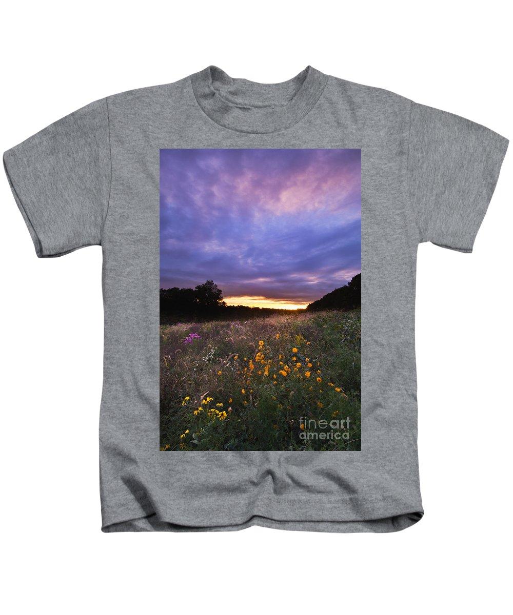 Sun Kids T-Shirt featuring the photograph Hoosier Sunset - D007743 by Daniel Dempster