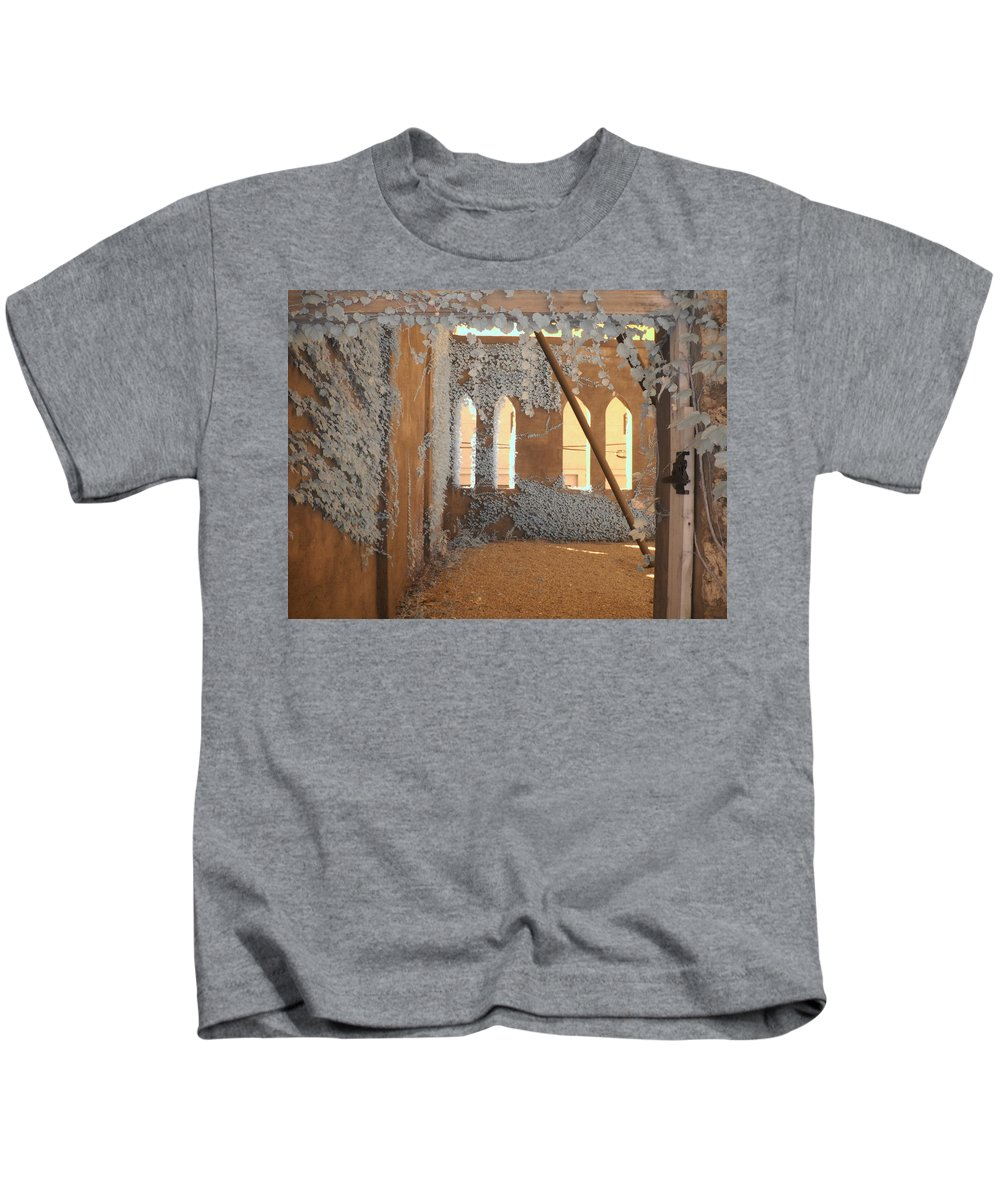 Infrared Kids T-Shirt featuring the photograph Ivy Walls by Jane Linders