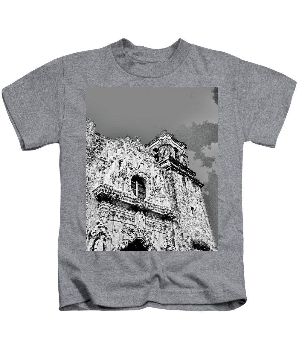 Black White Image Kids T-Shirt featuring the digital art Mission San Jose San Antonio Tx by Lizi Beard-Ward