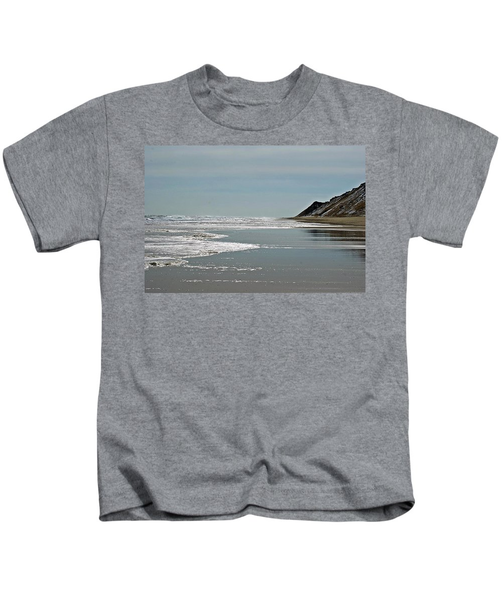 Newcomb Hollow Kids T-Shirt featuring the photograph Newcomb Hollow I by Joe Faherty