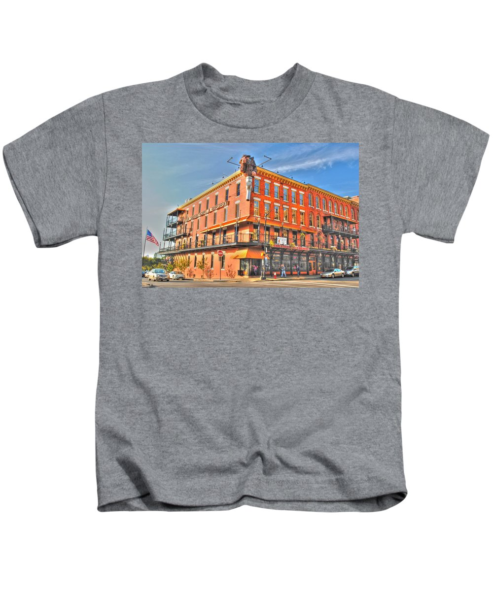 Kids T-Shirt featuring the photograph Pearl St Brewery by Michael Frank Jr