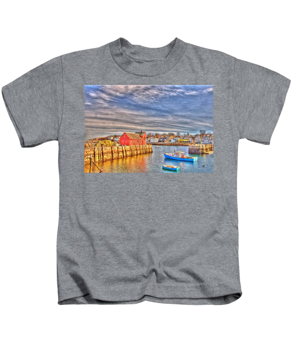 Kids T-Shirt featuring the photograph Rockport Water Color - Greeting Card by Mark Valentine