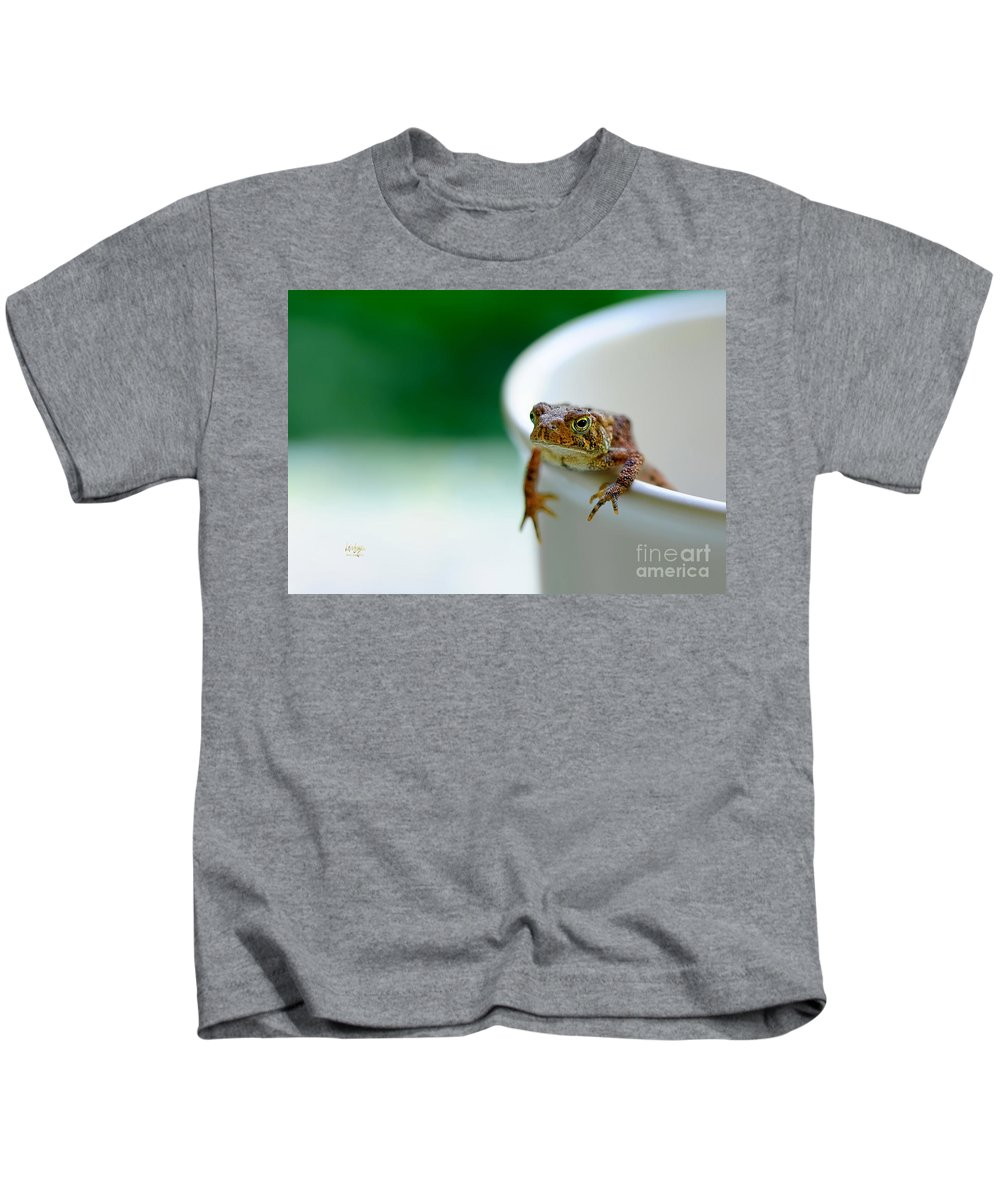 Frog Kids T-Shirt featuring the photograph Somebody Needs Coffee by Lois Bryan