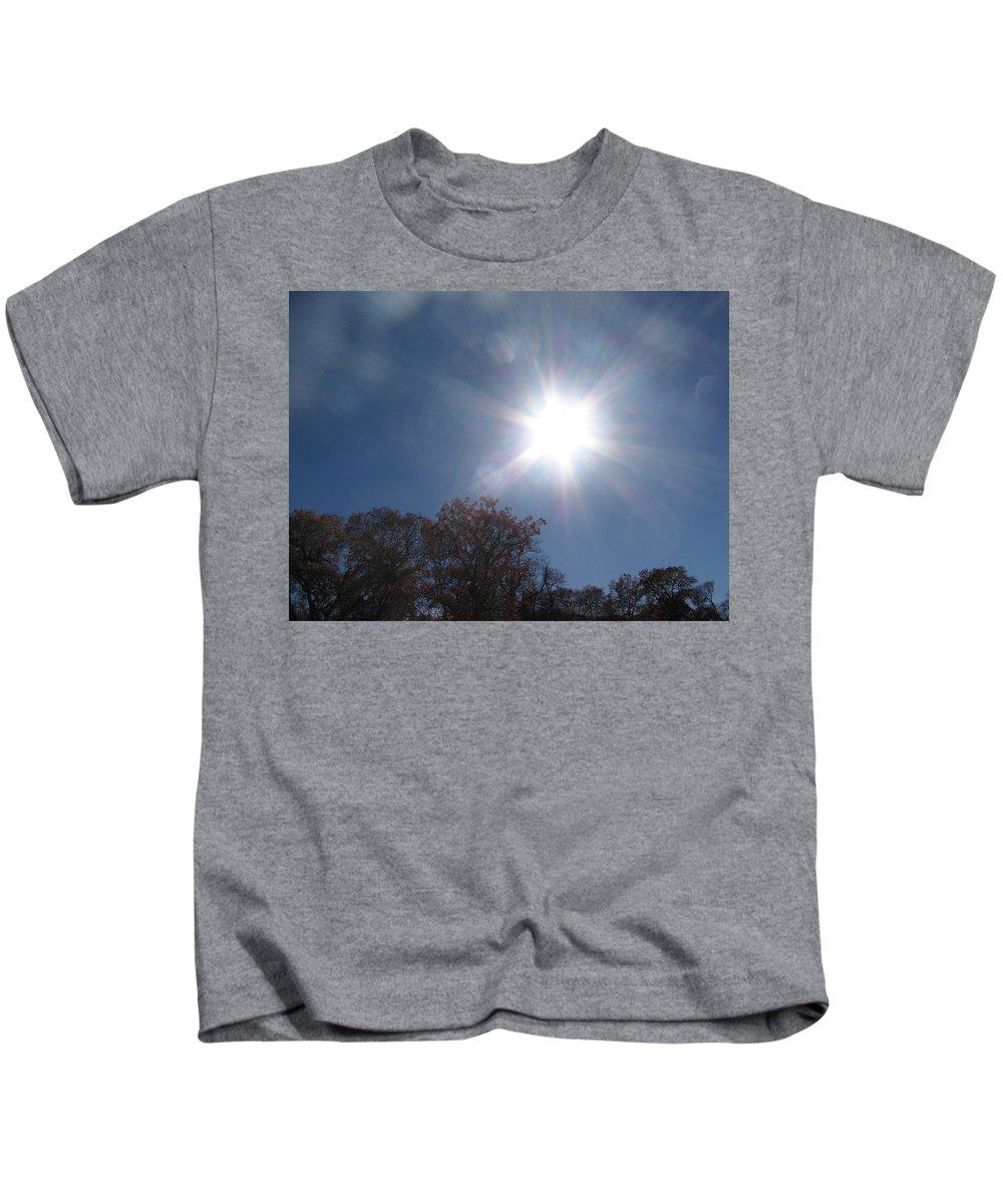 Sun Burst Kids T-Shirt featuring the photograph Sun Beams by Amy Hosp