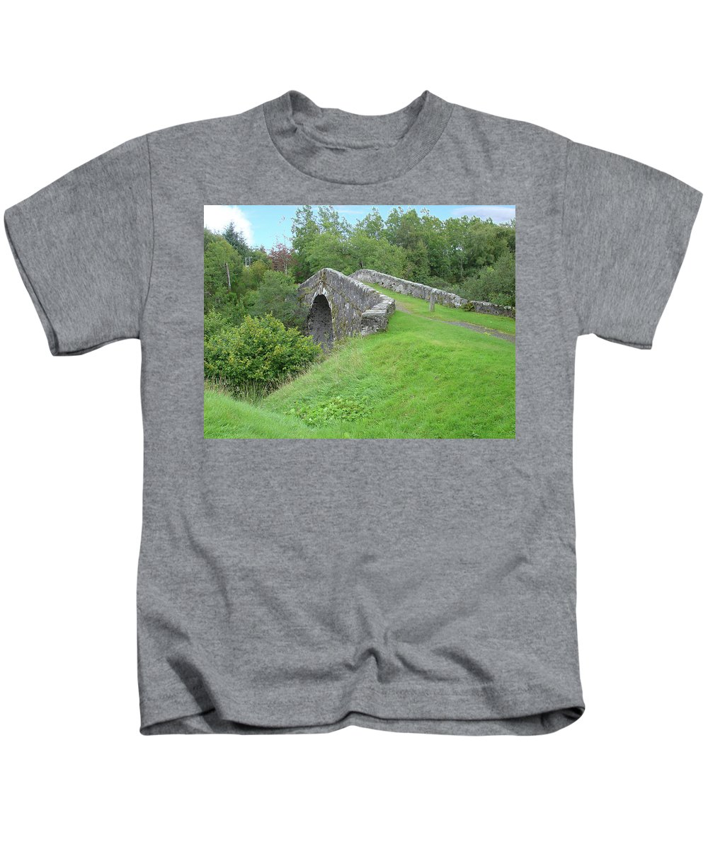 White Kids T-Shirt featuring the photograph White Bridge Scotland by Charles and Melisa Morrison