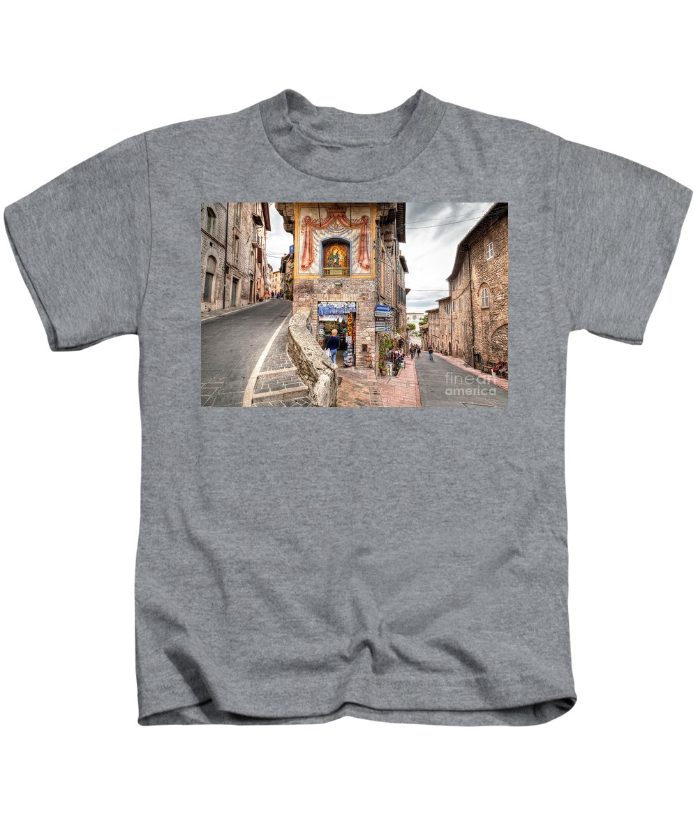 Assisi Kids T-Shirt featuring the photograph 0755 Assisi Italy by Steve Sturgill
